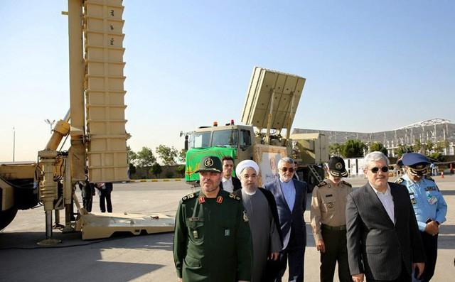 Iran trình làng tên lửa anh em sinh đôi với S-300 - Ảnh 1.