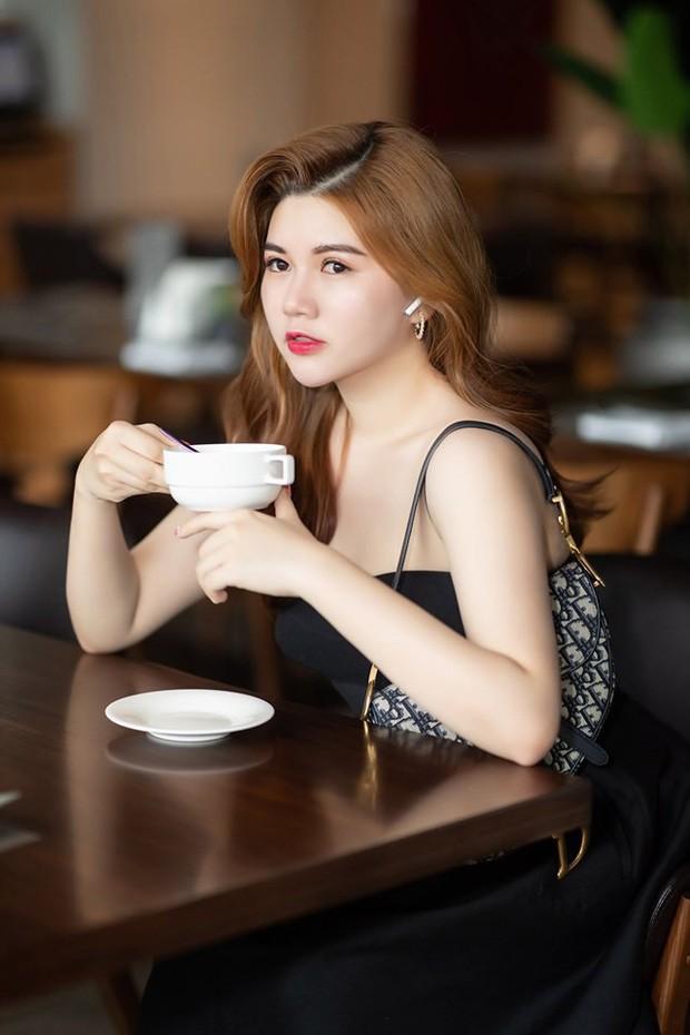 Chị gái hot girl Việt: Người xinh đẹp, người thần thái sang chảnh đúng chuẩn con nhà người ta - Ảnh 12.