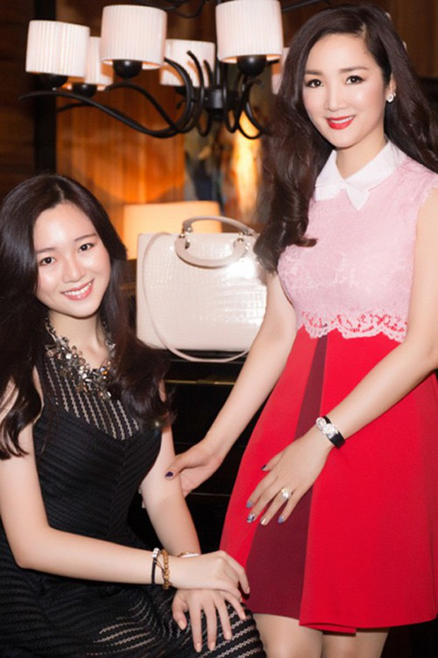 Hoa hậu Giáng My khoe ảnh con gái Anh Sa trong ngày sinh nhật tuổi 25: bản sao hoàn hảo của mẹ, chuẩn ái nữ sang chảnh xinh đẹp - Ảnh 2.