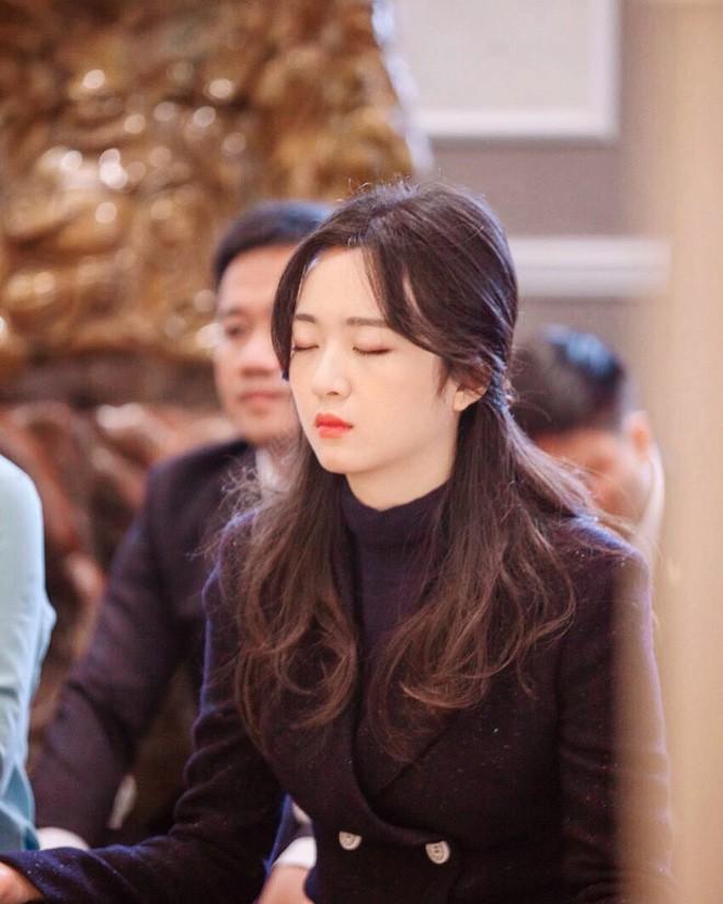 Hoa hậu Giáng My khoe ảnh con gái Anh Sa trong ngày sinh nhật tuổi 25: bản sao hoàn hảo của mẹ, chuẩn ái nữ sang chảnh xinh đẹp - Ảnh 6.