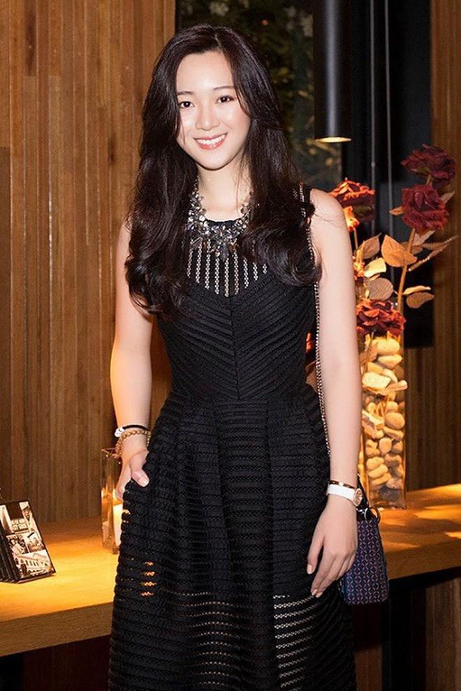 Hoa hậu Giáng My khoe ảnh con gái Anh Sa trong ngày sinh nhật tuổi 25: bản sao hoàn hảo của mẹ, chuẩn ái nữ sang chảnh xinh đẹp - Ảnh 8.
