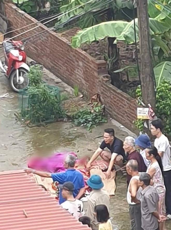 Thảm án ở Hà Nội: Hàng xóm nhìn từ xa, không ai dám can ngăn - Ảnh 2.