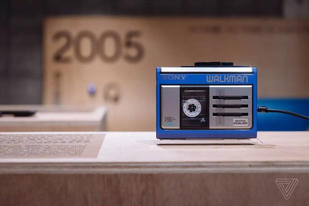 Tròn 40 năm ngày ra đời máy nghe nhạc Sony Walkman - huyền thoại mà giới trẻ 10x sẽ không bao giờ thấy lại - Ảnh 11.