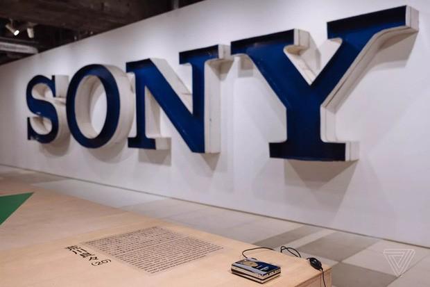Tròn 40 năm ngày ra đời máy nghe nhạc Sony Walkman - huyền thoại mà giới trẻ 10x sẽ không bao giờ thấy lại - Ảnh 3.