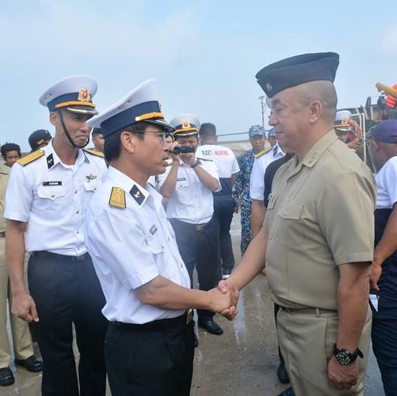 Hải quân Việt Nam và Philippines giao lưu tại đảo Song Tử Tây - ảnh 2