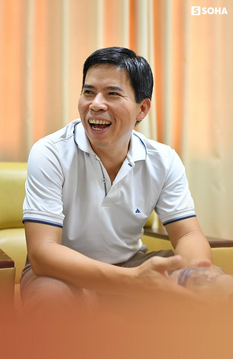 """Chủ tịch Thế giới Di động Nguyễn Đức Tài: """"Bây giờ ở công ty, tôi chỉ làm mấy việc bếp núc"""" - Ảnh 6."""