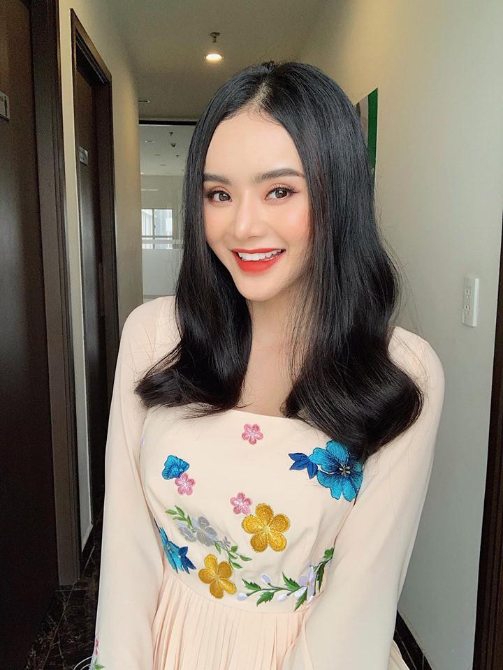 VZN News: Em ruột Angela Phương Trinh ngày càng sang chảnh, gợi cảm ở tuổi 23 - Ảnh 4.