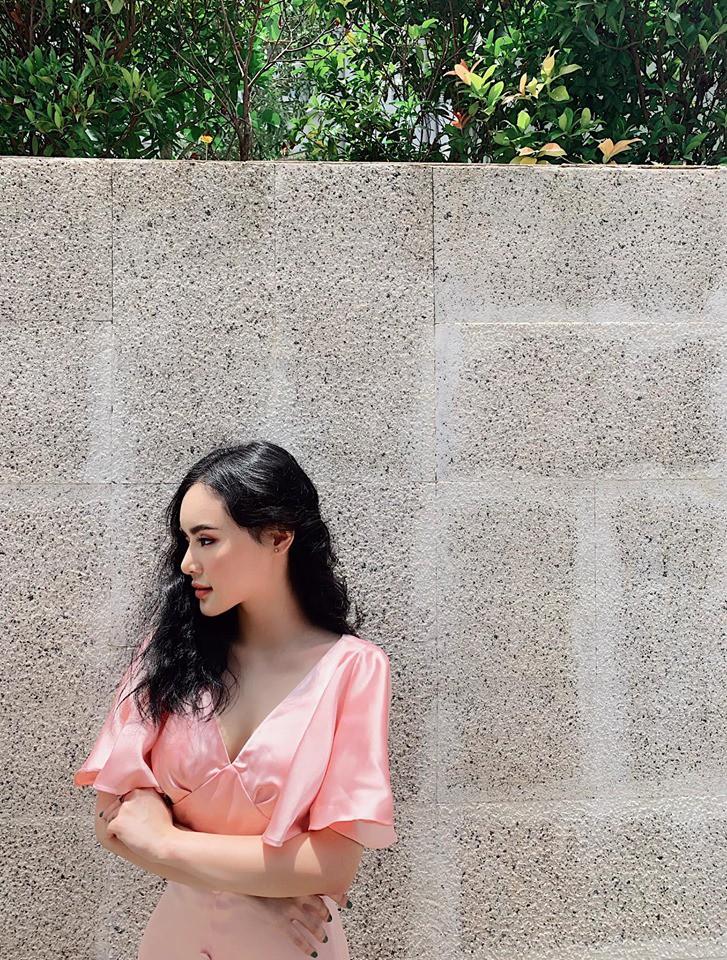 VZN News: Em ruột Angela Phương Trinh ngày càng sang chảnh, gợi cảm ở tuổi 23 - Ảnh 3.