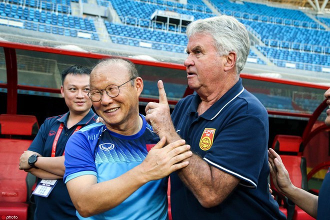 Trợ lý bật mí chi tiết bất ngờ khi thầy Park tái ngộ HLV Hiddink tại Trung Quốc - Ảnh 2.