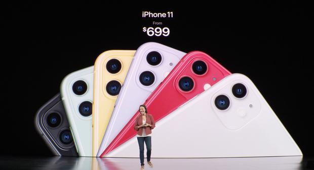 iPhone 11 vừa ra mắt, hội chị em tấm tắc khen màu sắc chuẩn bánh bèo nhưng cụm camera lại là một trò đùa hài hước - ảnh 1