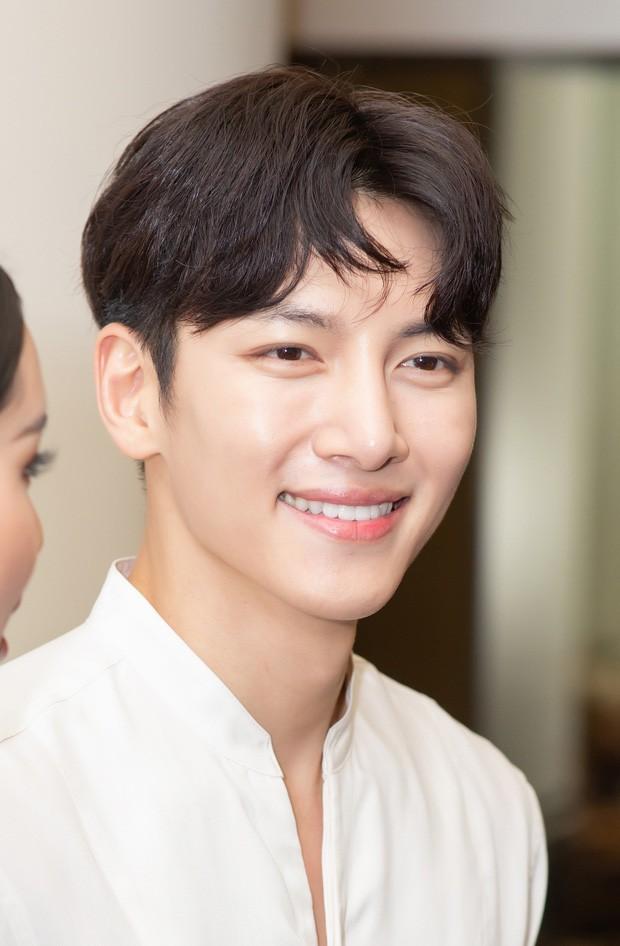 Diệp Lâm Anh chính thức lên tiếng về sự kiện Ji Chang Wook bị huỷ, hé lộ loạt ảnh cuộc gặp gỡ 15 phút với tài tử Hàn - Ảnh 3.