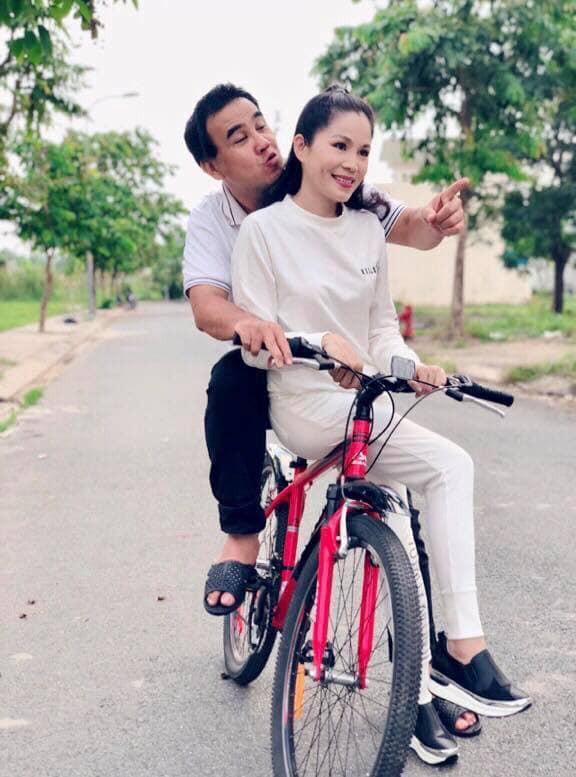 Kỷ niệm 14 năm ngày cưới, MC Quyền Linh nhắn nhủ đến bà xã điều không ngờ tới - ảnh 4