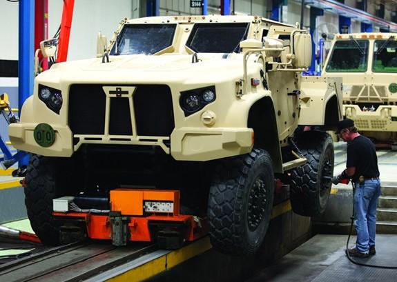 Xe chiến thuật Mỹ trang bị module điều khiển từ xa - ảnh 2