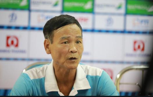 Tuyển thủ quốc gia Việt Nam cầu chúc cho fan nữ bị thương vì pháo sáng - Ảnh 4.