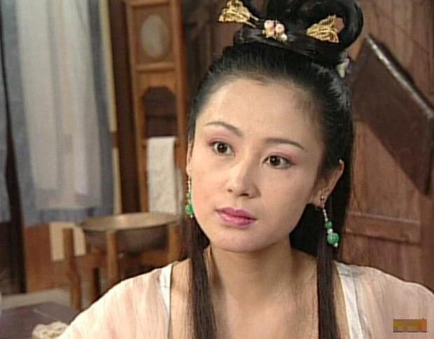Trần Hồng: Nàng Điêu Thuyền đẹp hơn cả Vương Tổ Hiền, khiến netizen Hàn phải mê mẩn đến mức phong Đệ nhất mỹ nhân Cbiz - Ảnh 2.