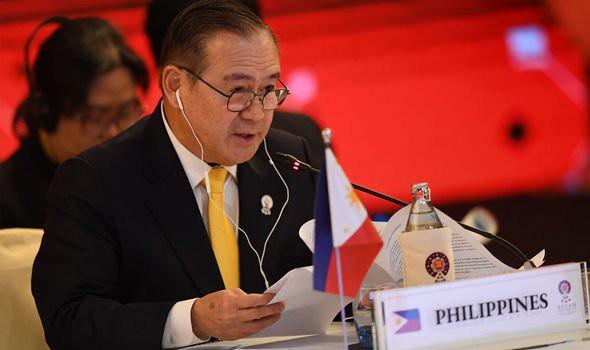 Ngoại trưởng Philippines hé lộ Trung Quốc xuống nước, có nhượng bộ cơ bản trong vấn đề biển Đông - Ảnh 1.