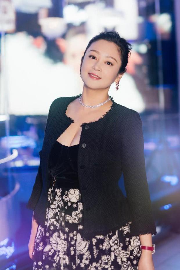 Trần Hồng: Nàng Điêu Thuyền đẹp hơn cả Vương Tổ Hiền, khiến netizen Hàn phải mê mẩn đến mức phong Đệ nhất mỹ nhân Cbiz - Ảnh 22.