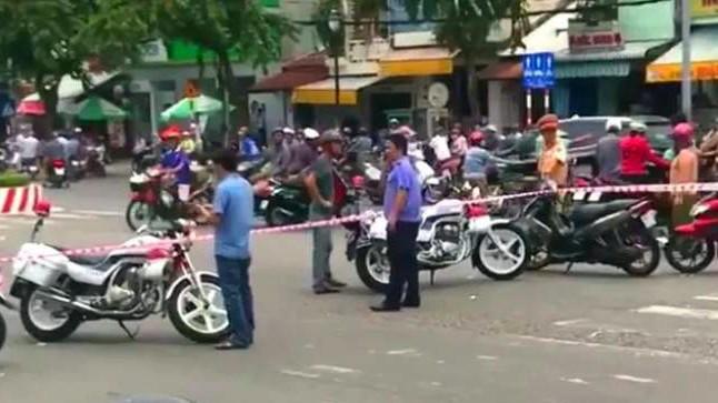 Lời khai của người phụ nữ đi xe máy đánh rơi bao tải chứa nhiều xác thai nhi xuống đường - Ảnh 5.