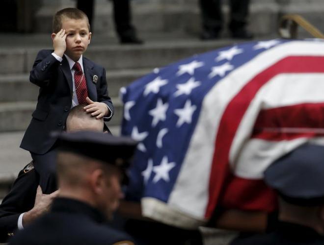 [ẢNH] Những hình ảnh ấn tượng suốt 18 năm nước Mỹ sa lầy trong cuộc chiến Afghanistan - ảnh 22