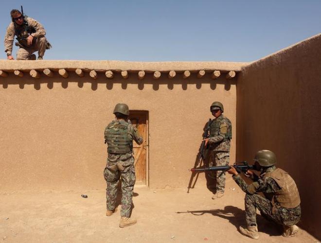 [ẢNH] Những hình ảnh ấn tượng suốt 18 năm nước Mỹ sa lầy trong cuộc chiến Afghanistan - ảnh 24