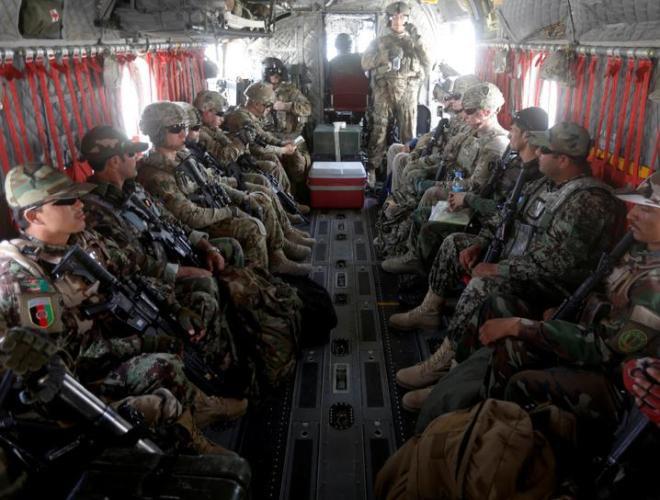 [ẢNH] Những hình ảnh ấn tượng suốt 18 năm nước Mỹ sa lầy trong cuộc chiến Afghanistan - ảnh 25