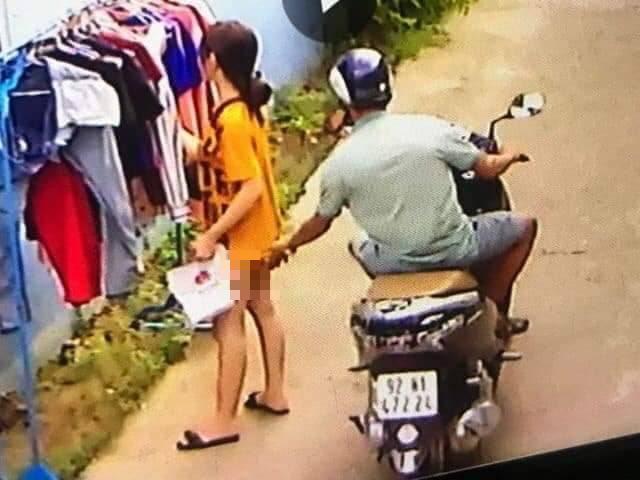 Tìm ra nam thanh niên chạy xe máy sàm sỡ cô gái đang phơi đồ giữa ban ngày - Ảnh 1.