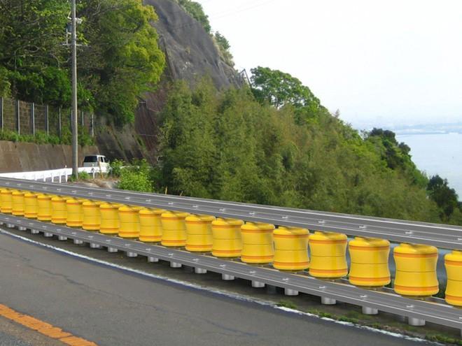 Rào chắn bánh xoay, hệ thống giảm thiệt hại do tai nạn giao thông nay đã xuất hiện ở Việt Nam - Ảnh 8.