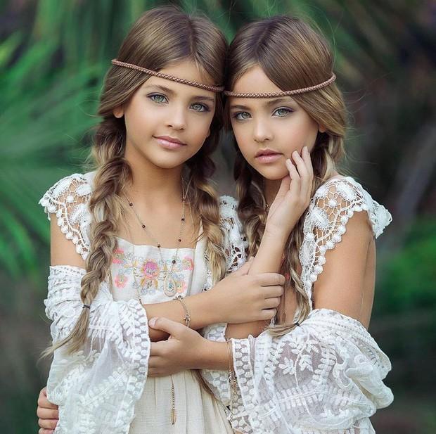 Cặp chị em song sinh đẹp nhất thế giới nay đã lớn: Sở hữu 1,4 triệu follow trên Instagram, mới 9 tuổi đã cá kiếm cả triệu đô mỗi năm - Ảnh 3.