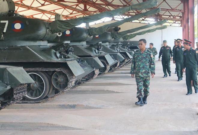 [ẢNH] Xe tăng T-34-85 Nga nhận lại từ Lào biểu diễn sức mạnh trên thao trường - Ảnh 5.