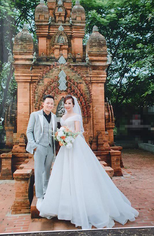 """Bất ngờ trước ngoại hình """"tã"""" đi trông thấy của trai trẻ 27 tuổi sau 1 năm lấy vợ 62 tuổi ở Cao Bằng từng gây bão mạng - Ảnh 5."""