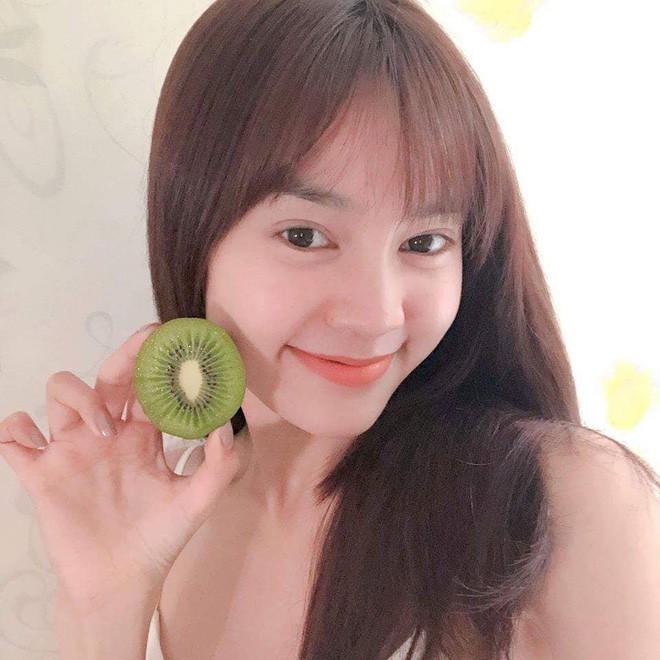 """Nếu có một ngôi sao Việt khiến ai cũng """"mê mẩn"""" vì dễ gần, dễ mến, dễ thương, thì đó chính là Ninh Dương Lan Ngọc - Ảnh 6."""