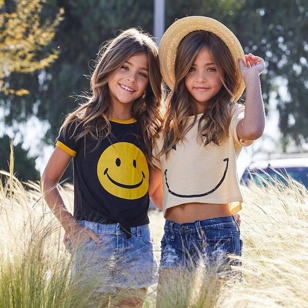 Cặp chị em song sinh đẹp nhất thế giới nay đã lớn: Sở hữu 1,4 triệu follow trên Instagram, mới 9 tuổi đã cá kiếm cả triệu đô mỗi năm - Ảnh 7.