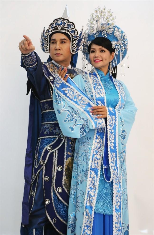 Kim Tử Long: Tôi với vợ ba chưa đăng ký, sống 10 năm vì tin tưởng nhau - Ảnh 1.