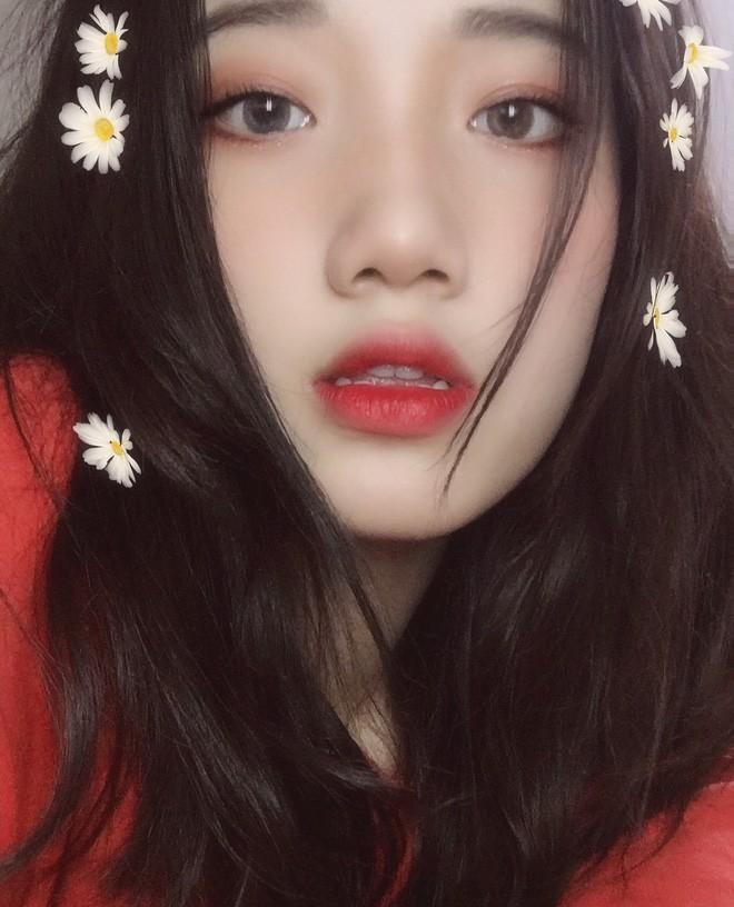 Hotgirl áo dài Đà Nẵng gây sốt bởi góc nghiêng cực giống Suzy, sở hữu hơn 12k follow Instagram và hàng chục clip triệu view - Ảnh 7.