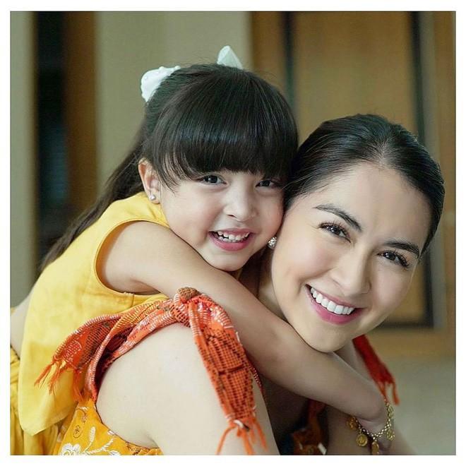 Nhan sắc con gái 'mỹ nhân đẹp nhất Philippines' khiến nhiều người tan chảy - Ảnh 1.