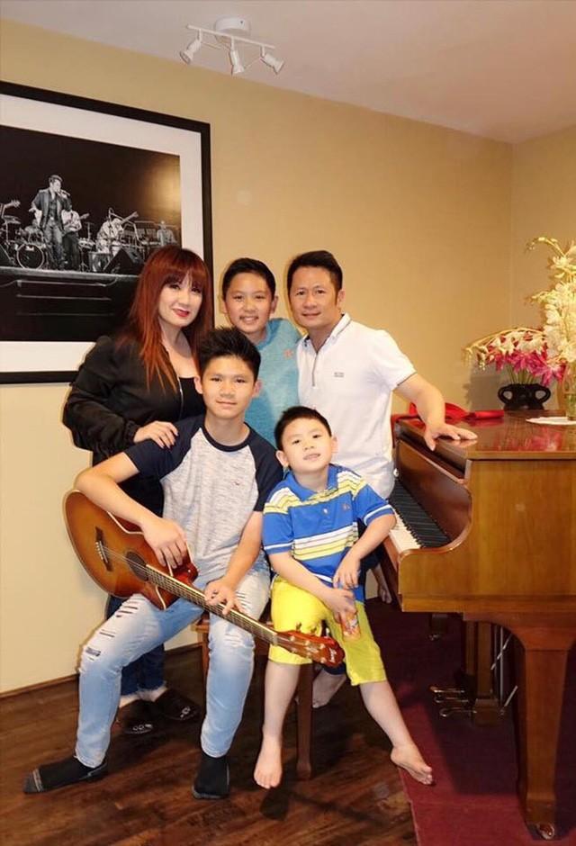 Không chỉ Nguyễn Hồng Nhung, nhiều ca sĩ Việt ở Mỹ có hôn nhân trắc trở - Ảnh 3.