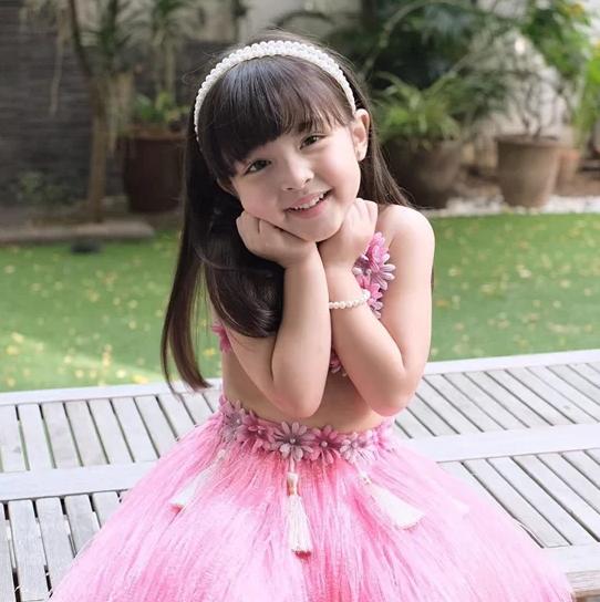 Nhan sắc con gái 'mỹ nhân đẹp nhất Philippines' khiến nhiều người tan chảy - Ảnh 3.