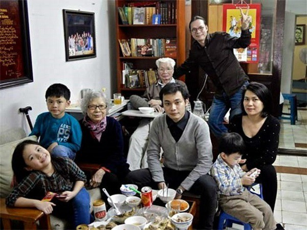 Sao nam lận đận đường tình: Chế Linh giữ kỷ lục 4 vợ, 14 người con - Ảnh 4.