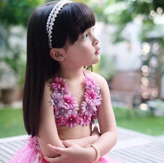 Nhan sắc con gái 'mỹ nhân đẹp nhất Philippines' khiến nhiều người tan chảy - Ảnh 4.