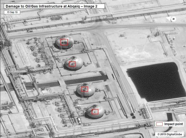 12 quả tên lửa, 20 UAV: Cơn thịnh nộ Mỹ đã bị kích hoạt, Iran sẽ hứng mưa bom bão đạn? - Ảnh 1.