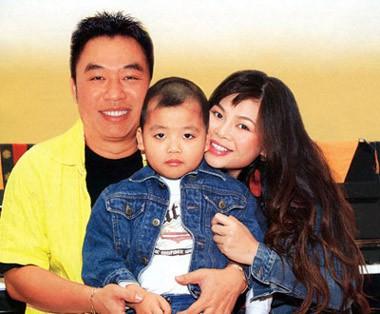 Nữ ca sĩ Việt sang Mỹ gợi cảm, giàu có, tình duyên lận đận - Ảnh 3.
