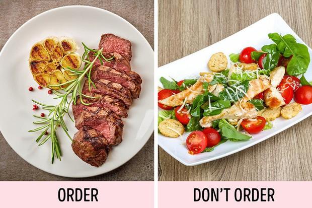 7 sai lầm rất nhiều người gặp khi đi ăn nhà hàng: Đọc ngay để tránh trở nên ngố trước mặt bàn dân thiên hạ - Ảnh 3.