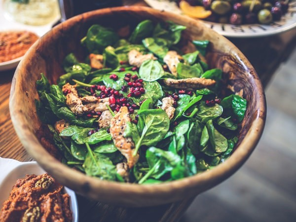 8 thực phẩm phòng chống ung thư đại tràng hiệu quả - Ảnh 3.