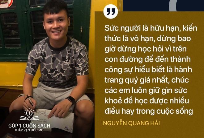 Học sinh Hùng Sơn phát cuồng vì món quà từ Quang Hải và Đoàn Văn Hậu - Ảnh 4.
