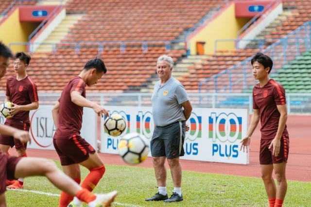 Báo Hàn Quốc: Sự bám đuổi của bóng đá Việt Nam là điều khiến Trung Quốc lo sợ - Ảnh 3.