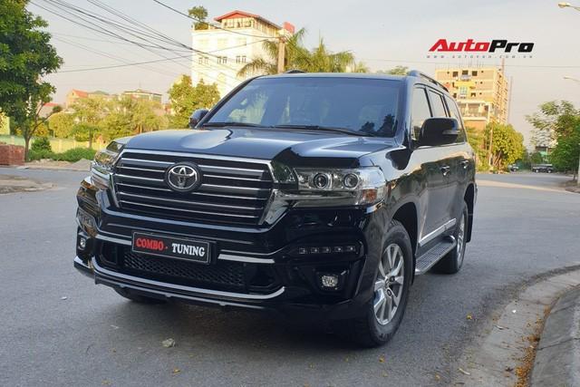Chủ Toyota Land Cruiser vừa lấy xe đã chi thêm 200 triệu đồng độ bodykit độc nhất Việt Nam - Ảnh 3.