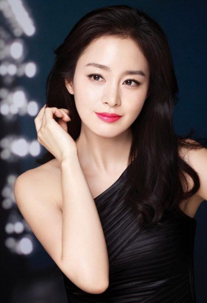 Nhan sắc thật của Kim Tae Hee hồi học đại học: Thần thánh đến mức nào mà khiến cả trường bị choáng? - ảnh 7