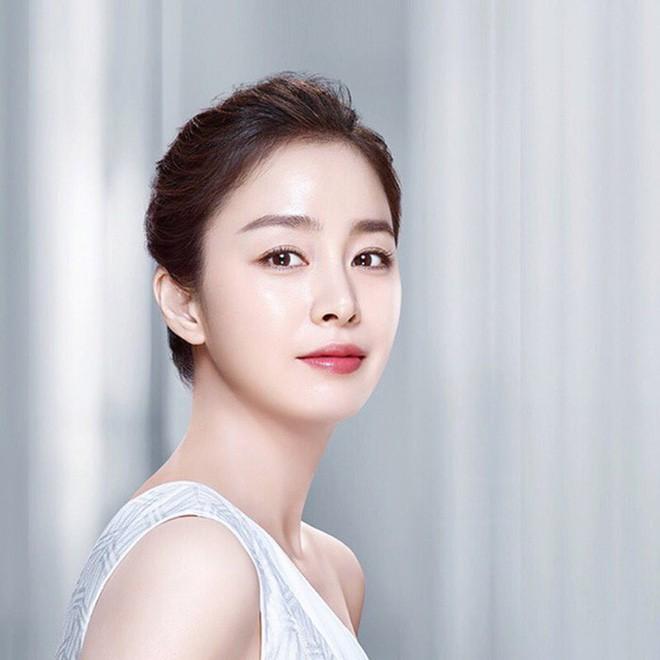 Nhan sắc thật của Kim Tae Hee hồi học đại học: Thần thánh đến mức nào mà khiến cả trường bị choáng? - ảnh 8