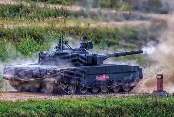 Nga tái trang bị xe tăng T-80 - Ảnh 5.