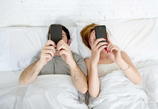 Khoa học chứng minh: Cặp đôi nào càng đăng công khai nhiều ảnh, càng dễ... đứt gánh - Ảnh 4.